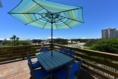 Wraparound Deck with Picnic Table